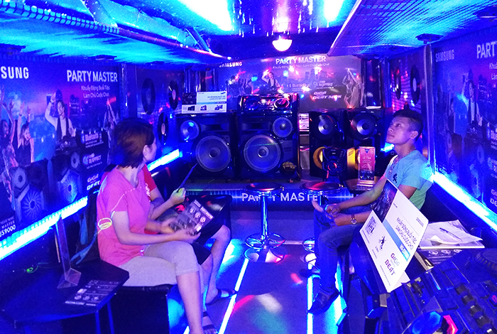 SAMSUNG - PARTY MASTER SOUND BUS